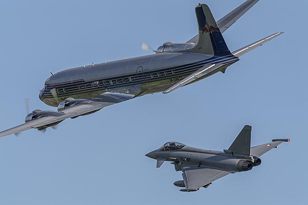 Douglas DC-6B & Eurofighter EF-2000 - © by Robert Kysela