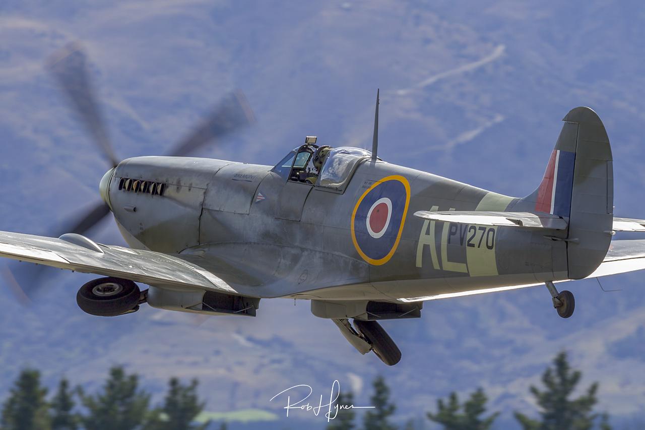 Supermarine SPITFIRE Mk. IX   - © by Rob Hynes