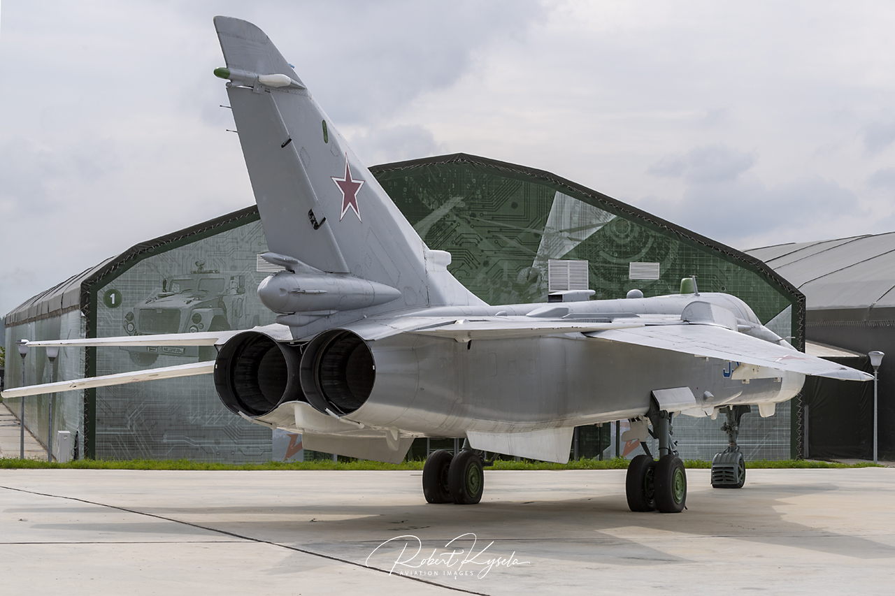 Sukhloi Su-24MP (NATO Code: FENCER-F)   - © by Robert Kysela