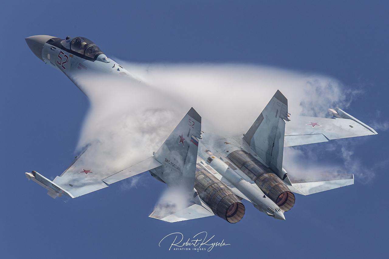 Sukhoi Su-35S (NATO Code: FLANKER-E)   © by Robert Kysela