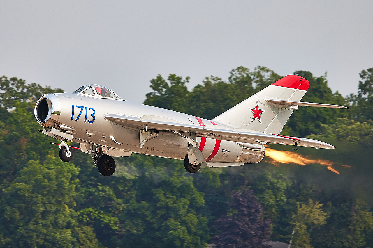 Mikoyan & Gurevich MiG-17F (NATO Code: FRESCO)  -  © by Shawn Clish