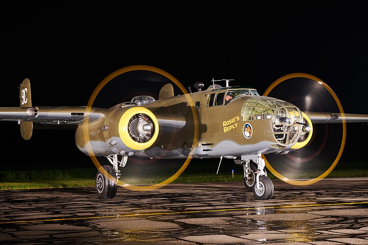 North American B-25D MITCHELL  -  © by Shawn Clish